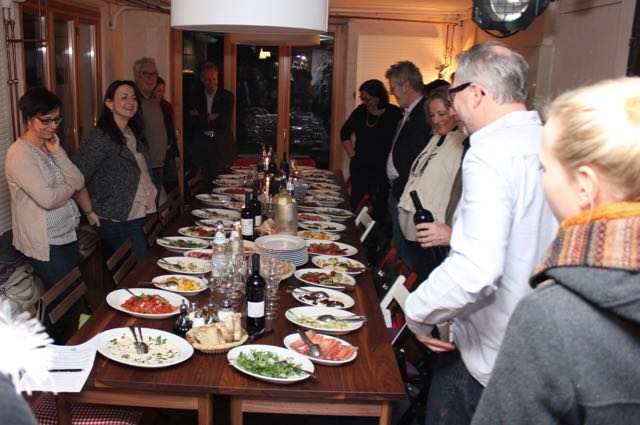petition loretta muss bleiben slow food stuttgart. Black Bedroom Furniture Sets. Home Design Ideas