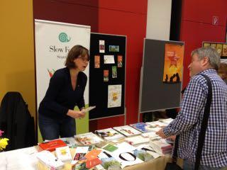 2013 Bücher- und Infostand im Bürgerhaus West